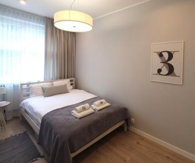 Q4 APARTMENTS - LILY