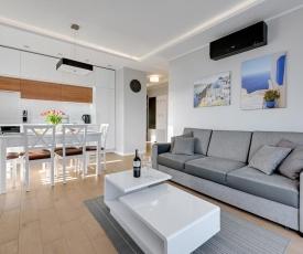 Santorini - Premium Beach Apartment