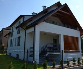 Apartamenty 1,2 km od Energylandii