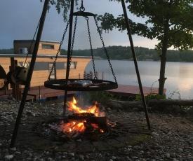 Domek na Wodzie Houseboat