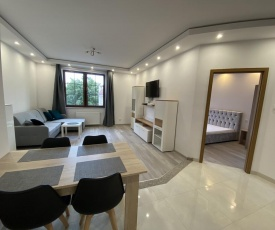 Old Town Apartment 2E