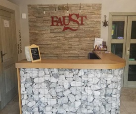 Apartamenty Faust