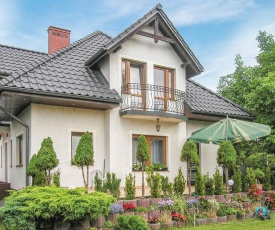 Amazing home in Brodnica w/ WiFi and 6 Bedrooms