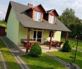 Zielony Dom Okuninka J.Białe