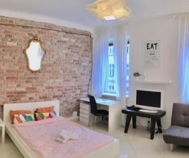 Nowogrodzka cozy studio