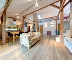 3 City Apartments - Loft