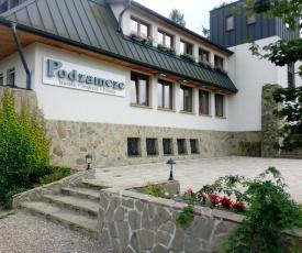 Zajazd Podzamcze